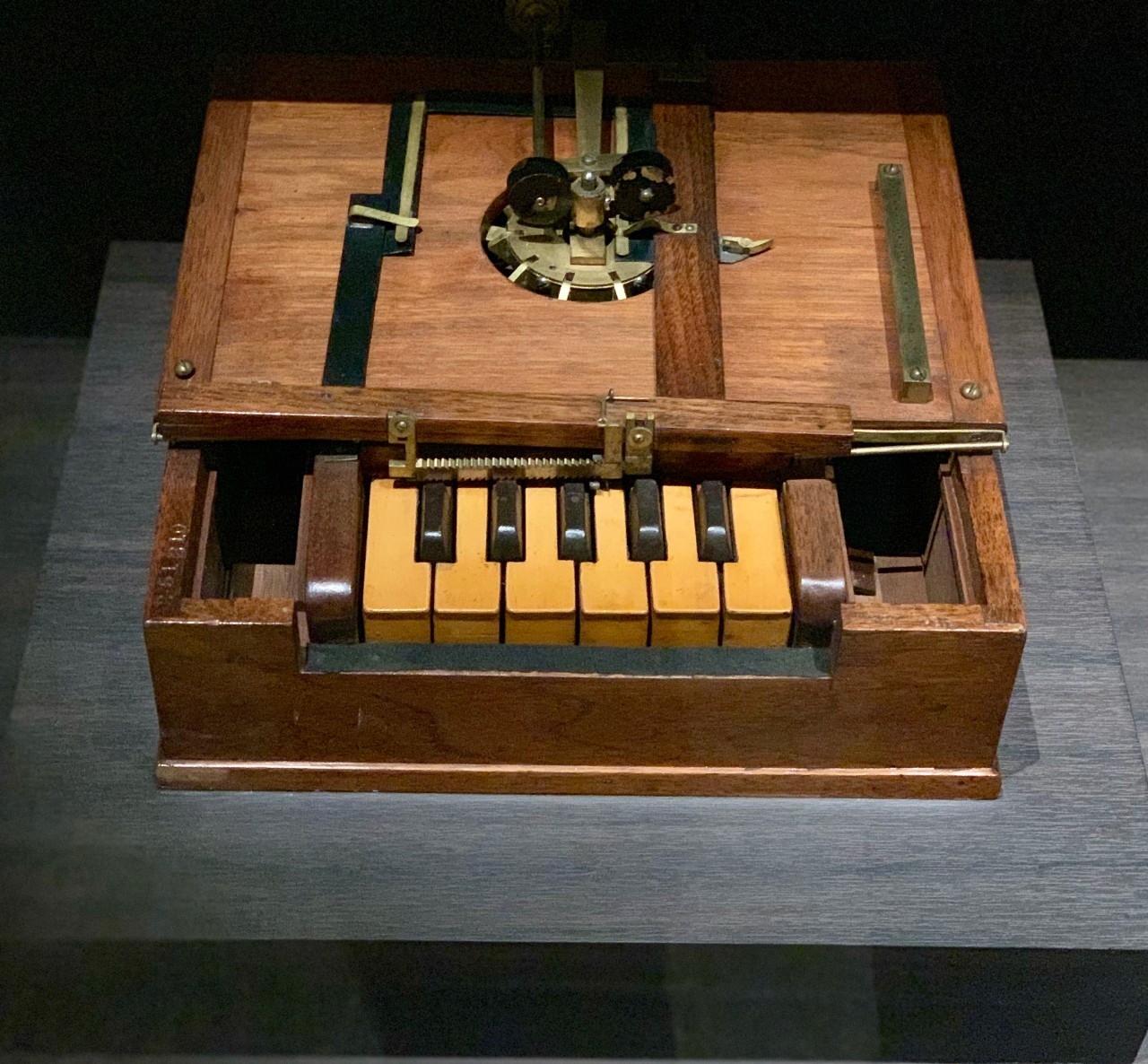 b2ap3_large_1868-Typewriter Celebrating Invention During the 2019 AAAS Annu... Inventing,licensing –,Invention Ambassadors,AAAS